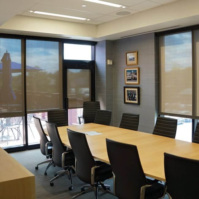 Transform_your_office_with_commercial_window_blinds