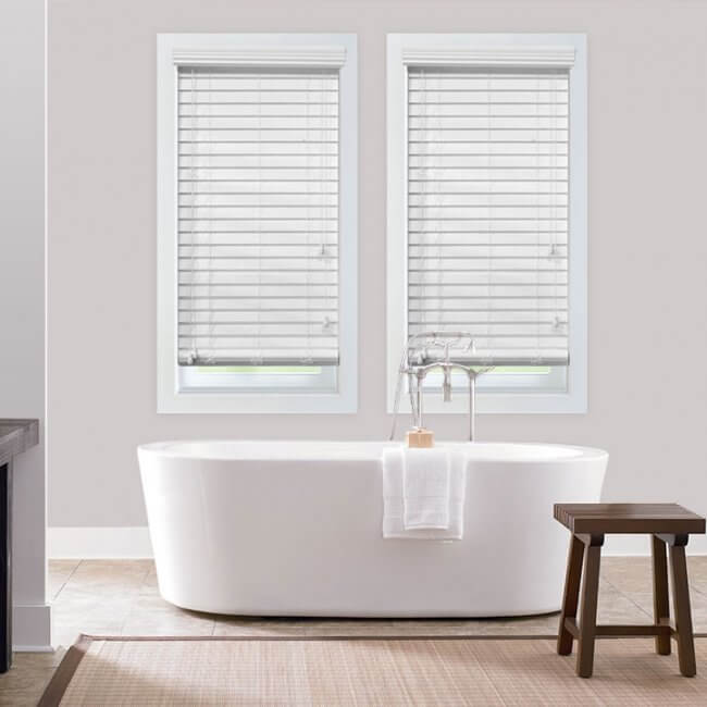 bathroom-faux-wood-blinds